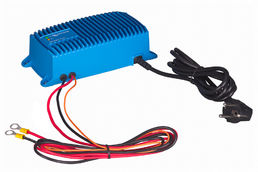 Victron Energy Blue Smart IP67 Laturi 24V 8A (1)